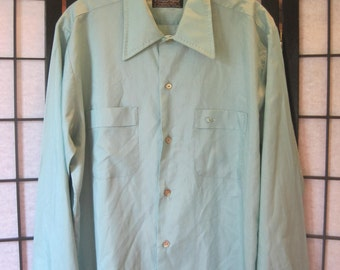 Vintage 1960s 1970s Shirt by Signature Fashions Soft Turquoise Aqua Blue Green M Circle Logo M L 46 Top Stitching Stitch