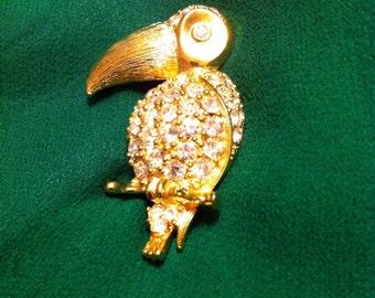 Vintage Napier brooch toucan rhinestone jewelry