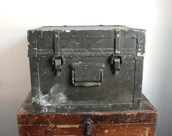 Rare Industrial U.S. Army Case // Signal Corps Brooklyn, NY
