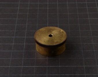 Large Brass Cylinder Gear, Mainspring Barrel from Vintage Clock Movement, Vintage Clockwork Mechanism Parts, Steampunk Art Supplies 3016