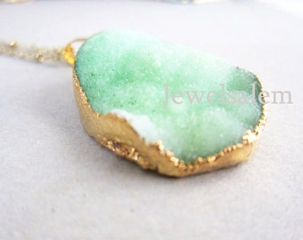 Mint Green Druzy Necklace Raw Crystal Geode Gemstone Gold Layered Drusy Mineral Pendant Rustic Green Birthstone Quartz Necklace Gift