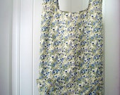 Apron 3 quarter length Womens Size LARGE Small Floral Print Dainties Fabric Sommarhus Apron Criss Cross No Ties