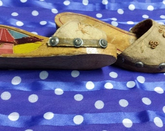 1940s Carved Philippines Sandals