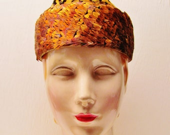 Vintage pheasant feather hat, 1950's small size womans hat