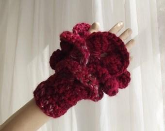 FLAMENCO - Ruffled Gloves /Ruffled Hand Warmers / Layered Gloves / Fingerless Gloves / Thick Gloves / Crochet Gloves / Custom Order