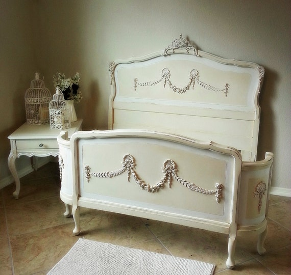 Ornate Antique 1900 S French Double Full Size Bed