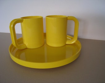 Heller by Massimo Vignelli 3 pieces of dinnerware in yellow