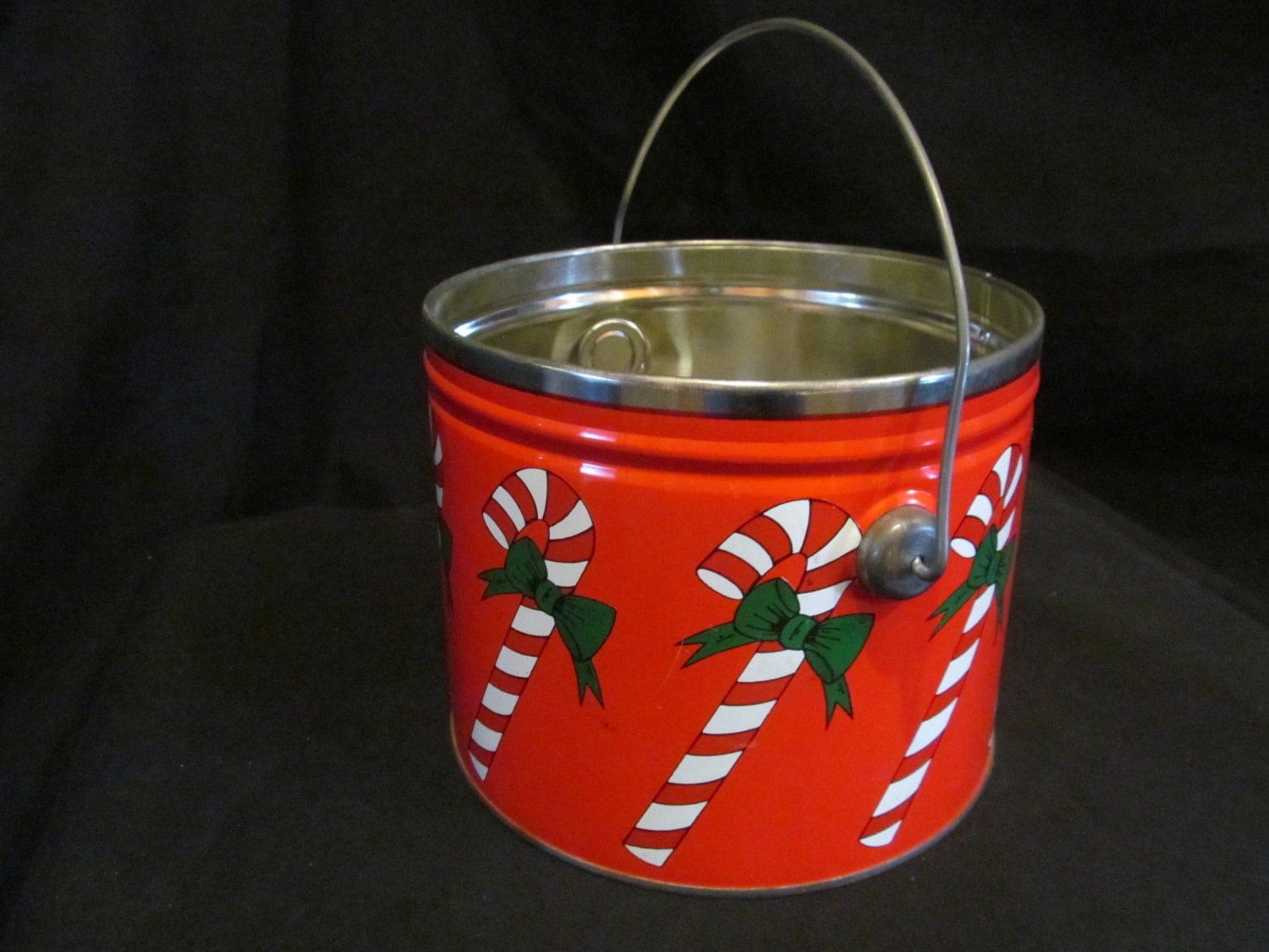 vintage christmas tin pail bucket