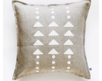 Decorative pillow cover, linen pillowcase hand painted - modern white triangles and polka dots pattern on throw pillow 0110