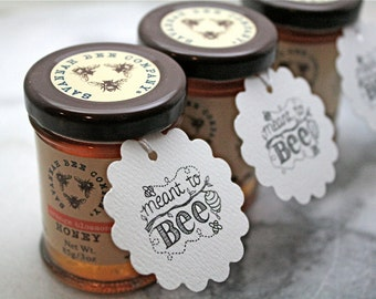 Personalized wedding favor tags, honey tags, 50. Meant to Bee design, beehive design with names and date. Perfect for honey jar favors.