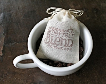Wedding favor bags, set of 50 coffee or tea favor bags. The Perfect Blend with coffee bean design in brown. Coffee wedding or party favors.