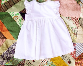 Baby Girls White Flutter Sleeve dress, coming home outfit, old fashioned, buttons, 0-3, 3-6, 6-12, 12-18, months 2t