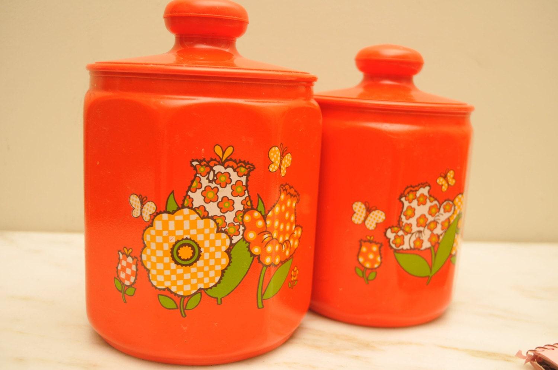 Vintage 1970s kromex metal kitchen canisters set orange for Kitchen set orange