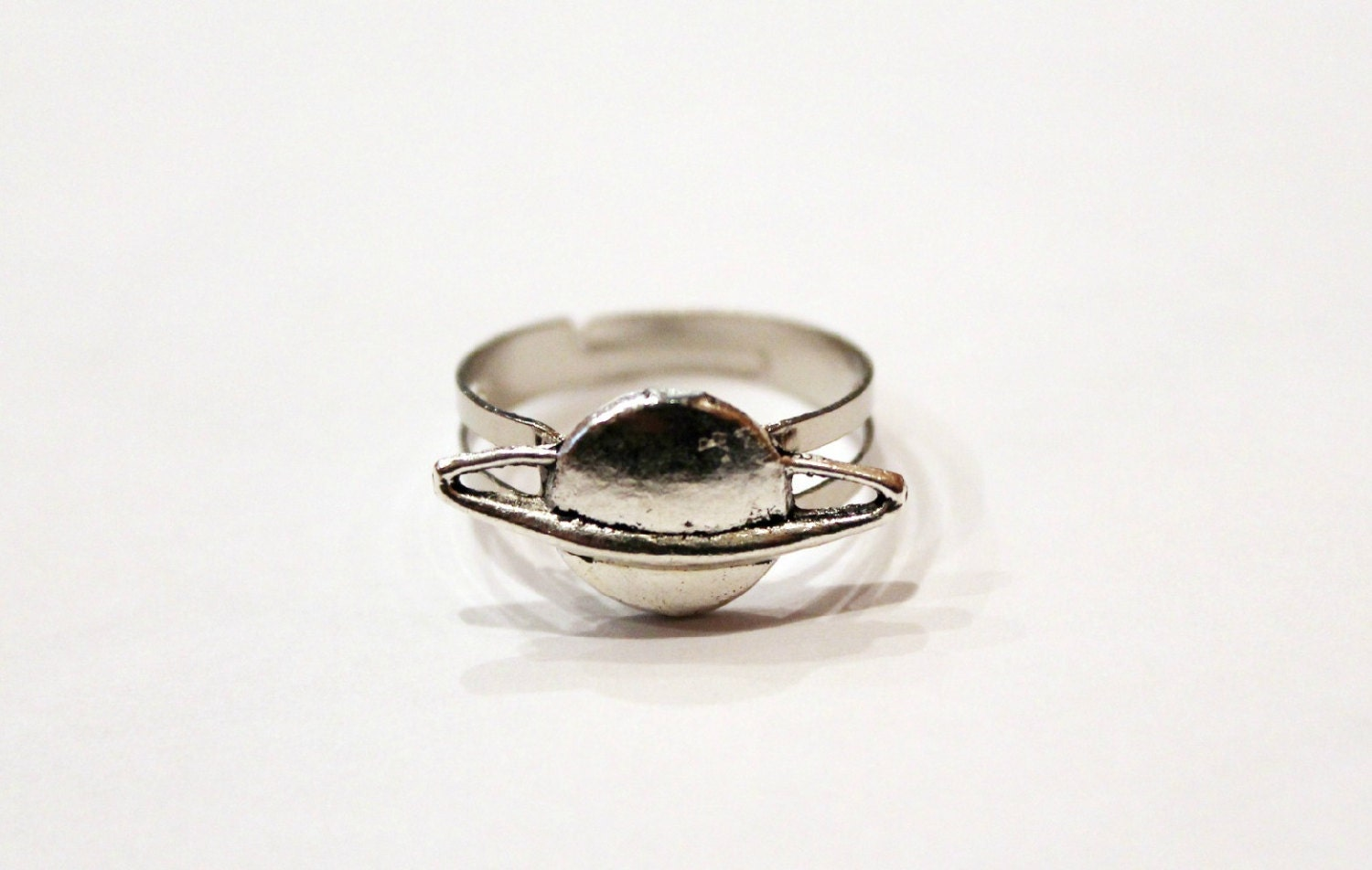 Adjustable planet saturn ring