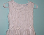 Size 14 - Vintage girls Dress - from Chantilly Place  - White - First Comunion - Graduation - Flower Girl - Junior Brides Maid - Easter