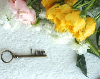 Skeleton Key Wedding Decoration, Decorate your Vintage Inpired Wedding With Pretty LOVE Keys hanging from Satin Ribbon (yellow spring)
