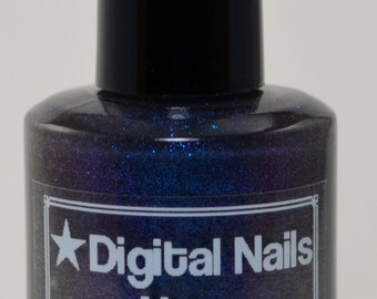 Nox: a Digital NailsThermal nail lacquer inspired by the darkness SPELL!