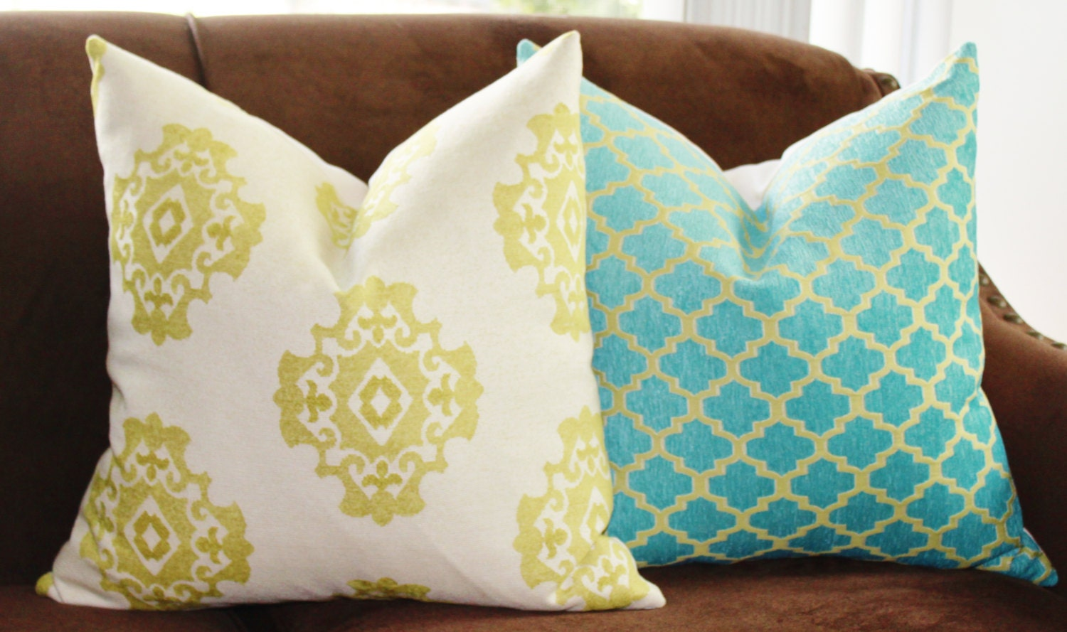 SALE 25.00 18 or 20 Decorative Pillow Cover Lime