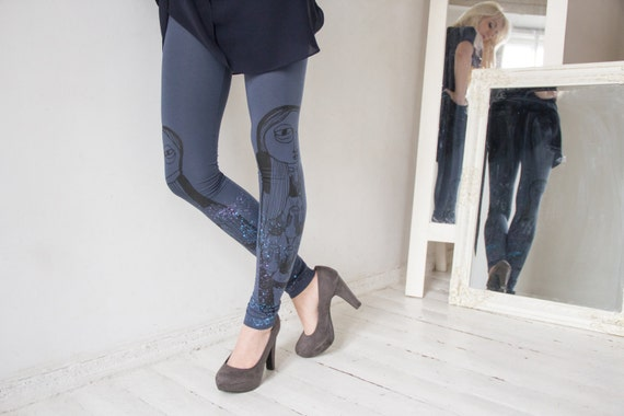 Morning mist-  cold grey leggings with black and pale splatter print