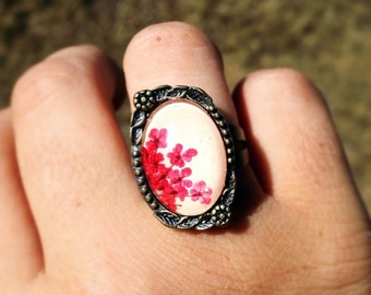 nature rings - real flower ring - pressed flower with beige leather, real pressed red little flowers and glass cabochon
