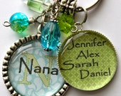 Personalized Nana keychain, childrens name, nana, mom, gift, present, big sister, aunt, teacher, grandma, yaya, daughter, my maw
