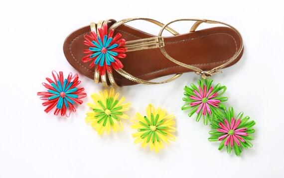 Color Block Flower Shoe Clips