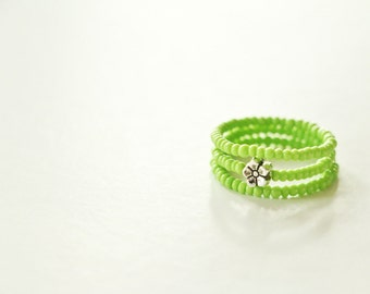 Spring Green Stacking Ring Trio with silver flower accent: Sizes 4 - 15