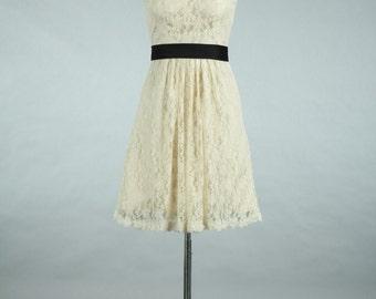 Straps Scoop Neck Short Lace Bridesmaid Dress, Cheap Lace Bridesmaid Dress