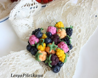 Brooch of polymerclay with berries - food of polymer clay - sweet brooch