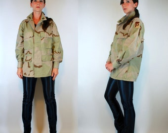 Vintage 80s US Army Issue Camouflage Military Combat Field Jacket American flag Patches fleur de lis Coat parka Unisex grunge utilitarian S