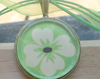 Retro Flower, Bright Green Glass Pendant, Gift for her