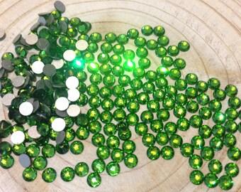 Fern Green Swarovski Elements Crystals Flatback Non-Hotfix - SS5 to SS20