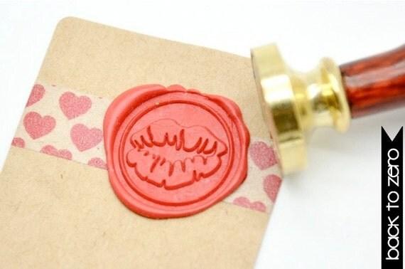 B20 Wax Seal Stamp Kiss