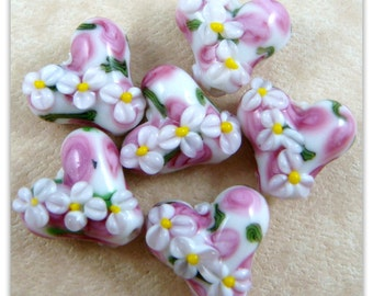 Pink & White Flower - Lamp work Heart Shaped Beads - 18mm - Qty 2 Lampwork beads