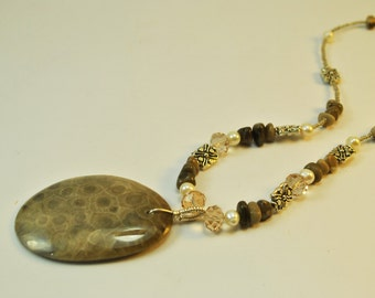 Petoskey Stone, crystal, pearls and silvertone beads Necklace Set