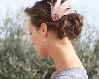 Hairaccessory, hairpin, fascinator, weddingpiece, bridal headpiece, pink, feather accessory