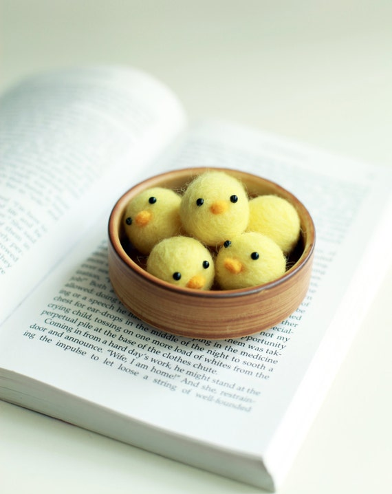 Needle Felted Little Baby Chicks Handmade - Container provided - Felted Chicken - Ready to ship