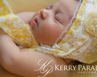 Yellow newborn bonnet