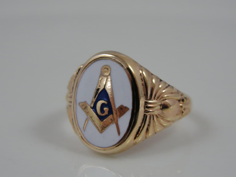 vintage gold and white enamel masonic signet ring