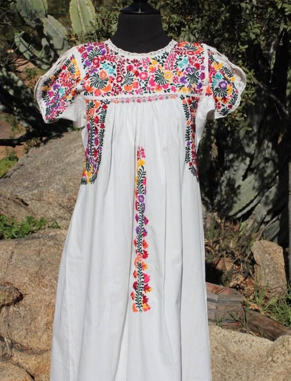 SALE Vintage Traditional Mexican Oaxaca Wedding Dress White