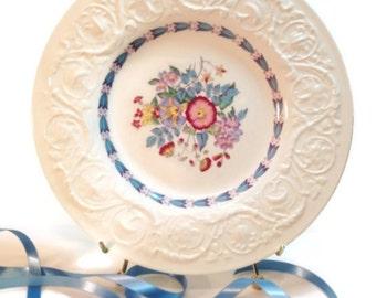 Vintage Wedgwood Morning Glory -Blue Trim Dinner Plate, Shabby home Decor, Downton Abbey Decor