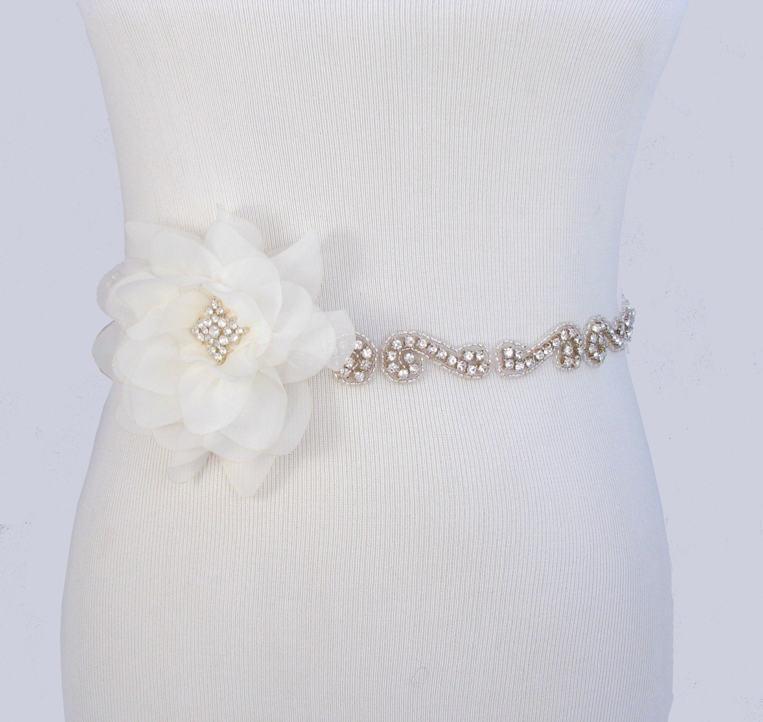Flower wedding dress sash crystal rhinestone bridal belt for Rhinestone sash for wedding dress