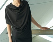 Black Women Top / Oversized Short Sleeved Top / Loose Top / Tunic Top / Casual Black Top by AryaSense / BATKR14BL