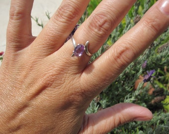 Lilac Sapphire and Sterling Ring Size 7