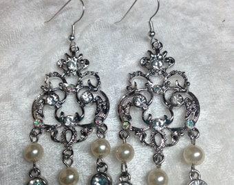 Chandelier Pearl and crystal Earrings