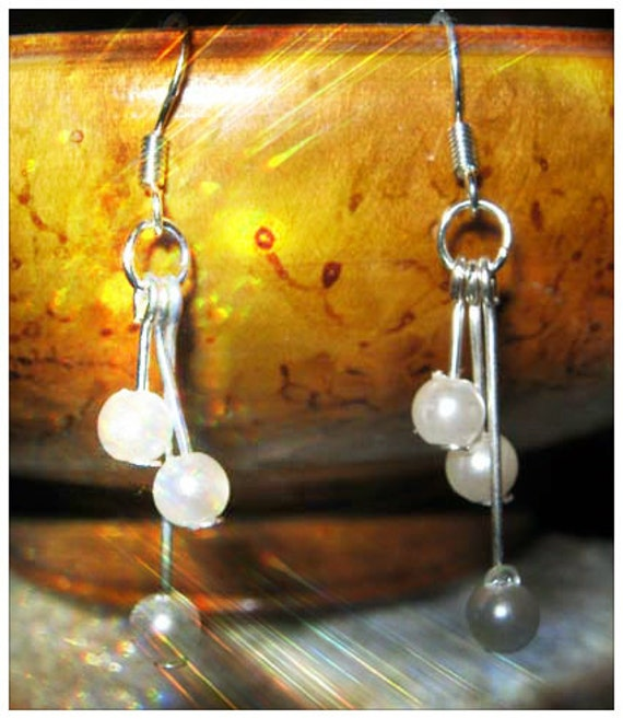 Handmade Silver Hook Earrings with White Pearls by IreneDesign2011