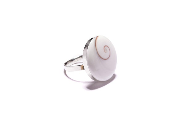 Sterline silver ring with white stone - Adjustable