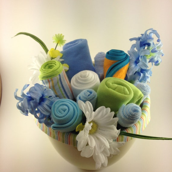 Baby Gift Bouquet New Zealand : Baby onesie bouquet shower gift new parent by