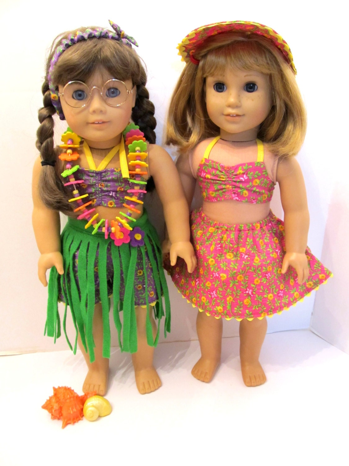 american girl 18 in doll molly beach wear hula skirt. Black Bedroom Furniture Sets. Home Design Ideas