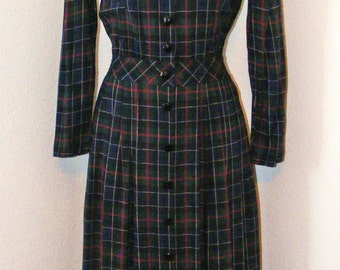 Plaid Print 80s Vintage dress in size 8